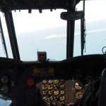 芸能人・タレントが戦闘機に乗れるのは何故?部外者の自衛隊機搭乗基準