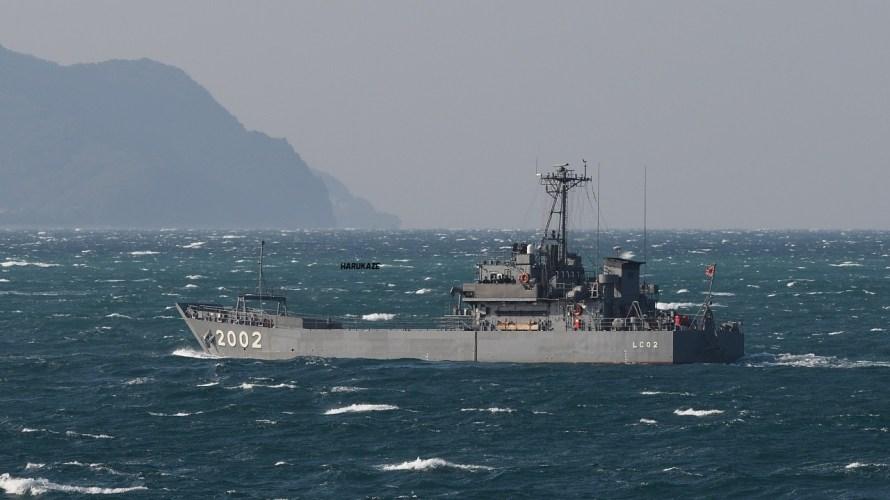 自衛隊が新たに導入する「輸送艦」はどんな船?同クラスの船から推察。