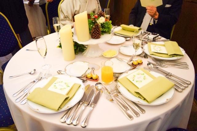 結婚式のゲストテーブル 装花なしでも本当にいいの 大丈夫