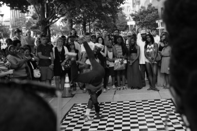 Street performers on the Parkway. Philadelphia, PA, July 2014