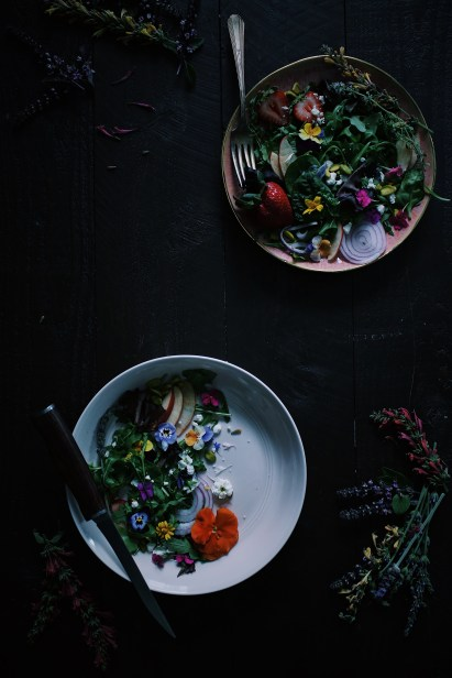 https://harvestandhoney.com/2017/05/11/laughs-in-wildflowers/