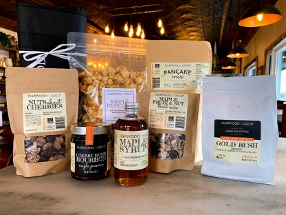 Harwood Gold Maple Weekender Gift Box
