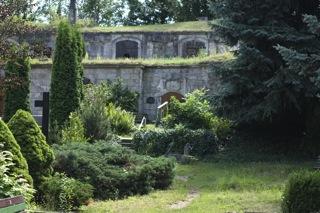 Bild: Grüfte auf dem Wipertifriedhof zu Quedlinburg.