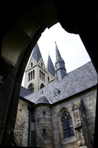 Bild: Im Kreuzgang des Domes zu Halberstadt.