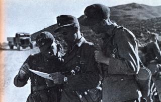 Bild: Deutscher Suchtrupp nach der Entführung Kreipes im Ida-Gebirge auf Kreta. Dieses Bild ist gemeinfrei, weil seine urheberrechtliche Schutzfrist abgelaufen ist.