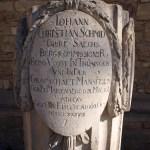 Bild: Eisleben - Grabstein an der Kirche St. Annen.