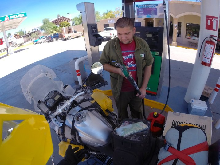 No pumping my own gas in Mexico. I was cautious at first, but these men and women know how to fill motorbikes without spilling fuel all over the place.