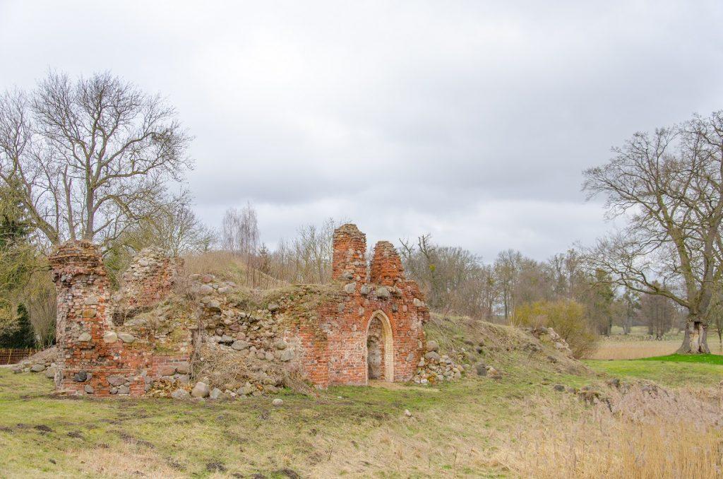 Basedow Schloss zerfallen