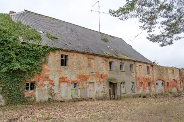 Kummerow Schloss Nebengebäude