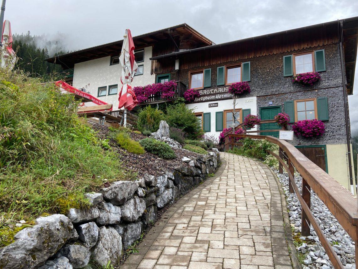 Übernachten auf dem E5: Berggasthof Hermine