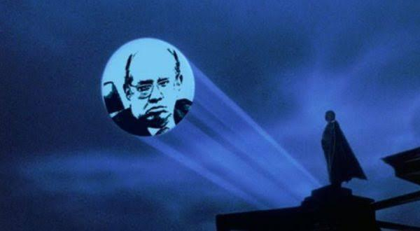 Momento em que, segundo os memes, Temer liga para Gilmar Mendes