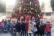 البوليفارد يستضيف أطفال جمعية الحسين بجولة على فعاليات عيد الميلاد