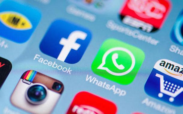 بعض تطبيقات التواصل الاجتماعي -(أرشيفية)