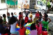 مكتبة متنقلة بغزة تبحث عن الأطفال في المناطق النائية