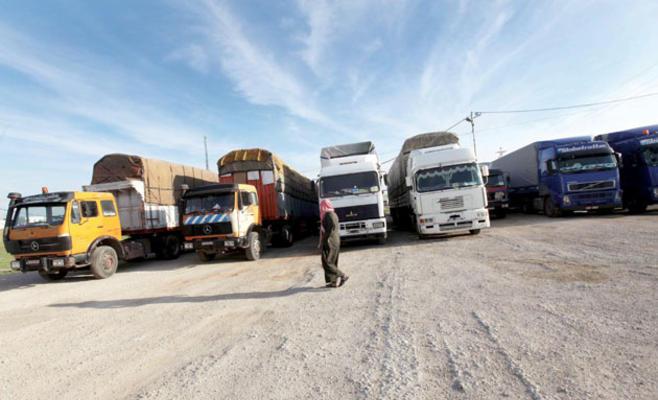 500 شاحنة أردنية تتوقف عن التصدير لقطر
