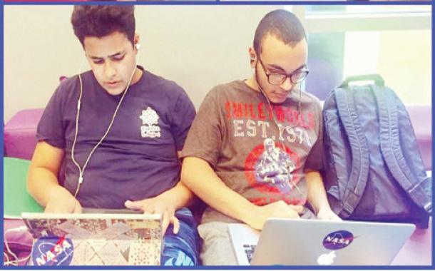 جانب من مشاركة شباب في التحدي الذي نظم في منصة زين للابداع - (من المصدر)