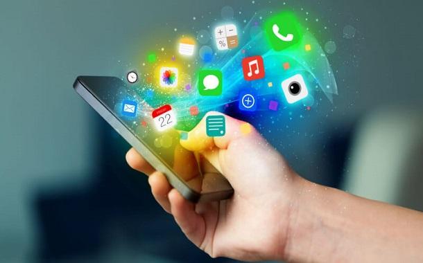 ما حجم صناعة تطبيقات الهواتف الذكية حول العالم ؟
