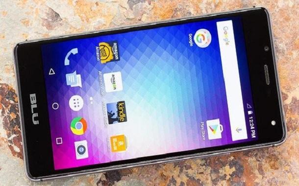 أمازون تسحب هواتف BLU بسبب مخاوف التجسس