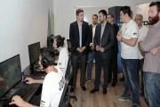 الأمير عمر يفتتح مركز تدريبي للاعبي الرياضة الإلكترونية