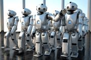الروبوتات قد تزعزع استقرار العالم من خلال الحرب والبطالة