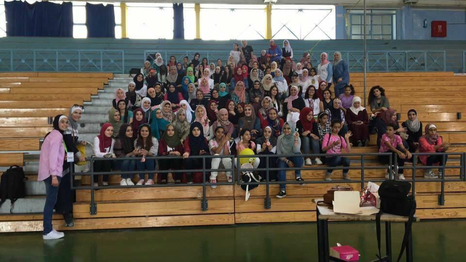 ''زمردة'' تستهدف الفتيات لتعليمهن مهنا وحرفا يدوية