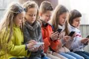 هذا ما يحدث لأطفالك جراء إدمان شبكات التواصل الاجتماعي!