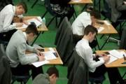 جامعة كيمبريدج تدرس إلغاء الكتابة بخط اليد في الامتحانات