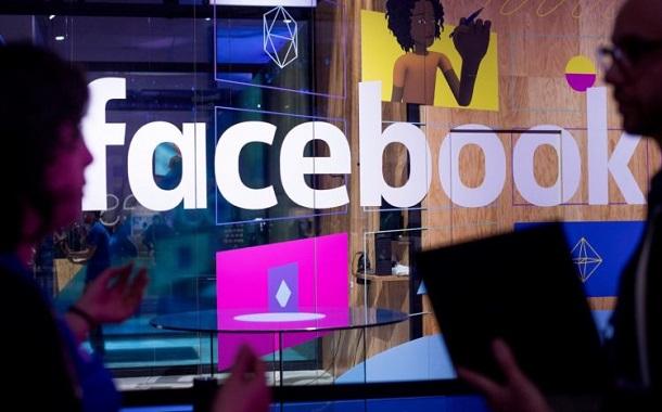 فيسبوك تدفع لصناع الموسيقى لحماية مستخدميها