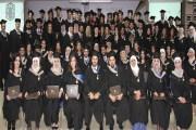 أبوغزاله يكرم خريجي طلبة الماجستير في كلية طلال أبوغزاله للدراسات العليا