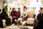 الملكة رانيا تطلع على أول مجموعة منتوجات يدوية..... نتاج التعاون بين مؤسسة نهر الأردن وايكيا