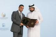 العساف يتسلم جائزة محمد بن راشد للابداع الرياضي