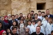 الملكة رانيا العبدالله تطلع على انشطة مبادرة