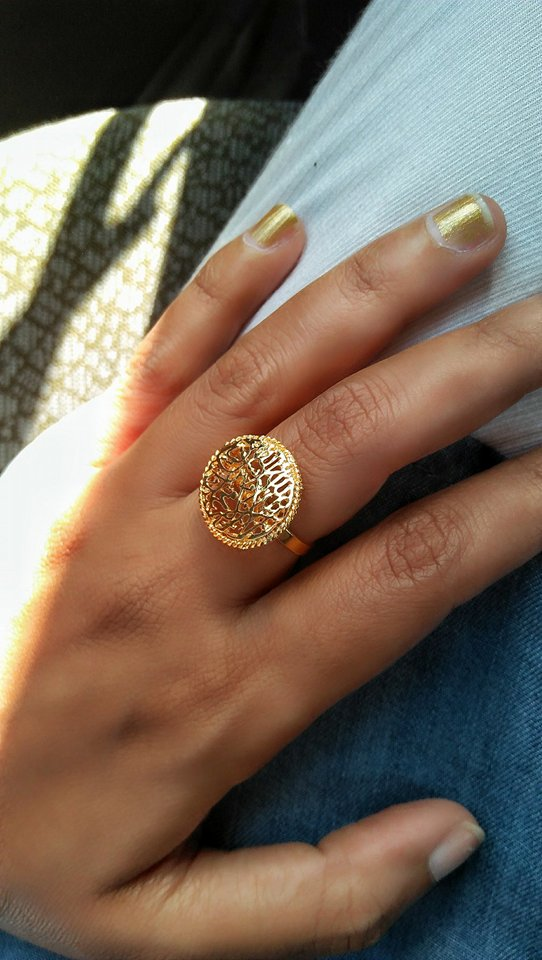 golden-ring-hashtagged-hina-ilyas