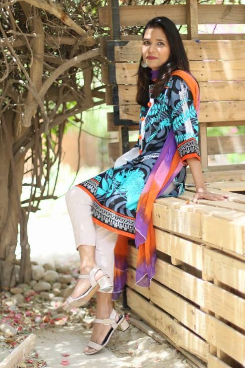 floral lawn kurti pakistan