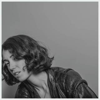"News Added Jan 22, 2017 The eponymous debut studio album from Electronic/Techno artist Kelly Lee Owens is slated to be released on March 24th, 2017 by Smalltown Supersound. It will be made available on both CD and Vinyl, and the albums lone feature is provided by Jenny Hval. You can stream the lead single ""Anxi."" […]"