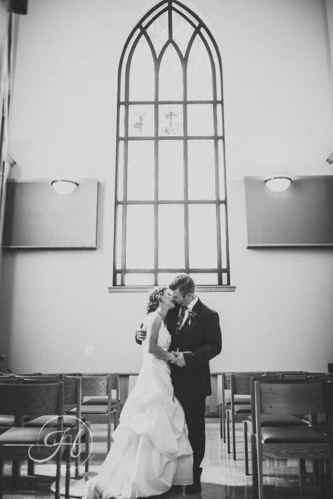 wedding photography Meridian Idaho Valley Shepherd Church couple black and white