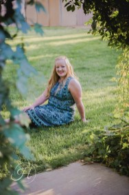 affordable good Senior pictures Nampa Idaho