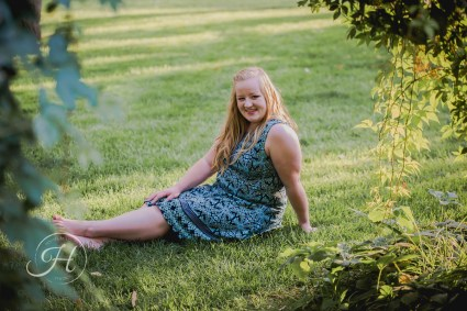 affordable girl Senior pictures Nampa Idaho