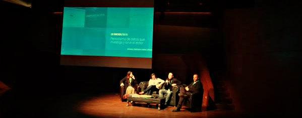 En el panel de Datos Abiertos y Periodismo también participaron: Florencia Coelho, Gerente de Investigación y Training de La Nación de Argentina, Miguel Paz, director de Poderomedia y Juan Manuel Casanueva, fundador de SocialTic