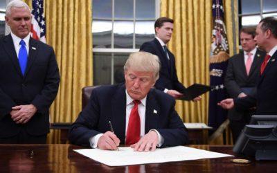 Donald Trump signe un décret visant à lutter contre l'antisémitisme sur les campus américains