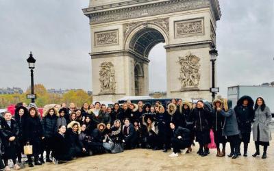 EN IMAGES. 'Haf 'Hachevan, au Beth 'Habad des Champs Élysée, avec les élèves des Institutions Chneor