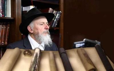 Vidéo montrant les différentes Meguilat Esther du Rabbi de Loubavitch