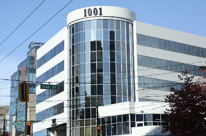 hasson and wong hair transplant clinic on broadway street vancouver BC