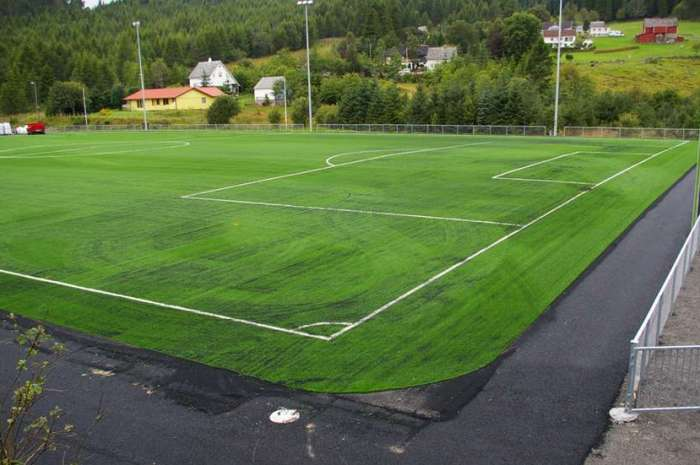 Hasundgot stadion stengt for all aktivitet
