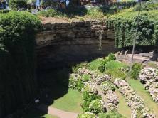 sinkhole garden sa