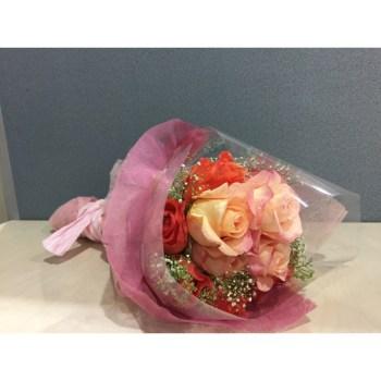 Debouquet 4 - Hatiku Florist