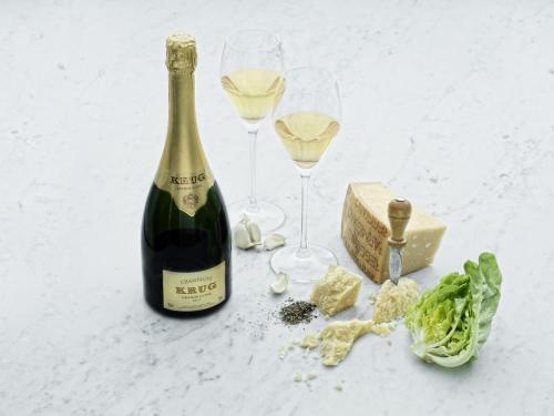 シャンパン クリュッグ グランキュヴェとパルミジャーノ レッジャーノ