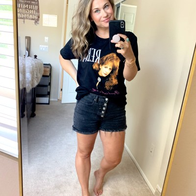 graphic tee outfit, graphic tshirt outfit, band tee, jean short outfit