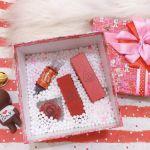 Hộp quà hạt xốp tặng bạn gái