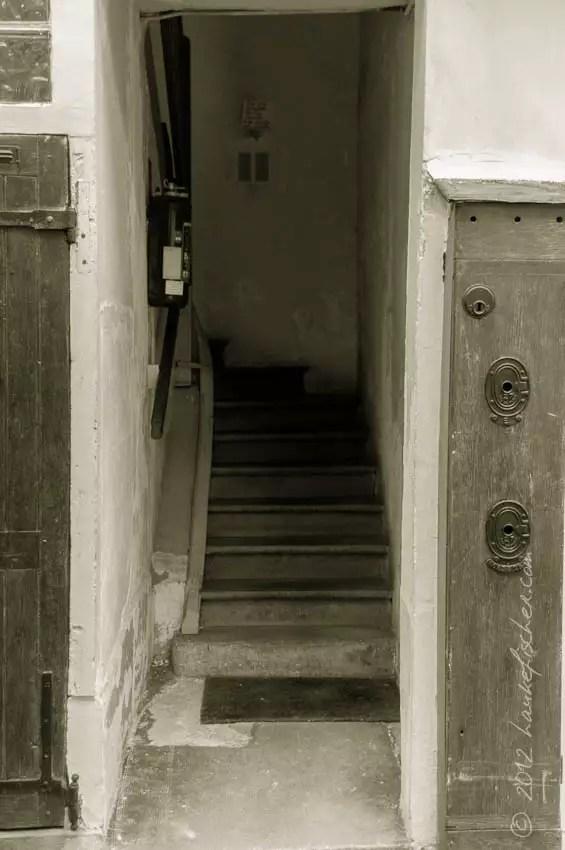 l'entrée de derrière, Paris 12